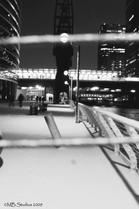 photoblog image Canary Wharf under a blanket